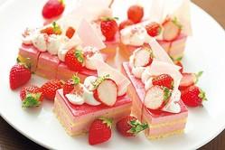 ストロベリーレアチーズケーキ/スイスホテル南海大阪「タボラ36」