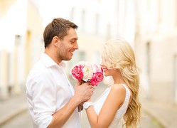 【心理テスト】確実に恋愛成就♡アプローチ成功法は?