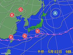 23日午前9時の予想天気図。