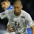 J2福岡が森本の契約解除を発表。国外クラブ移籍に向け、準備を進めていると明かした。写真:滝川敏之