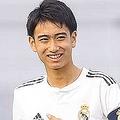 昨季フベニールCでプレーした16歳のMF中井卓大【写真:松岡健三郎】