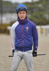 義英真騎手