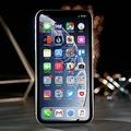 アップル、低速化問題でiPhoneのiOSアップデートの事前告知を誓約