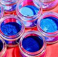 米で200年ぶりに発見された新しい青 偶然の発見を研究者が明かす