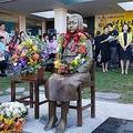 バージニア州アナンデールで除幕式を迎えた平和の少女像=27日、ワシントン(聯合ニュース)