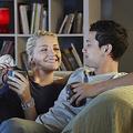 ベッドに入ってすぐに… お泊りデートで「彼がギョッとした」彼女の行動4つ