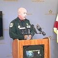 フロリダ州サンタローザ郡の保安官は記者会見で、偶然が重なった「非常に悲しい出来事」だったと述べた/WKRG