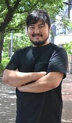 ドラマに舞台に、活躍の場を広げる俳優の加治将樹さん