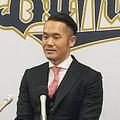 契約更改に臨んだオリックス・T-岡田【写真:橋本健吾】