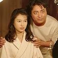 「全裸監督 シーズン2」より乃木真梨子(恒松祐里)&村西とおる(山田孝之)