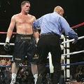 2005年6月11日、マイク・タイソン氏(右)はケビン・マクブライド氏に敗れた【写真:Getty Images】
