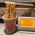 箸で麺を持ち上げた「ザ・食品サンプル」が放置しただけで完成(提供:山内創さん)