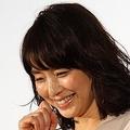 石田ゆり子が持論を展開「お金は紙。経験に換えていきたい」