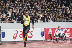 新しい国立競技場のオープニングイベントに参加した元陸上男子短距離のウサイン・ボルト氏。日本スポーツ振興センター提供(2019年12月21日撮影)。(c)AFP PHOTO / JSC(Japan Sport Council)