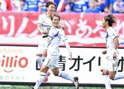 G大阪の2点目を決めた矢島。いったんはオフサイドでノーゴール判定とされたが……。(C) SOCCER DIGEST