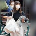 小倉優子、子ども2人とお買い物 別居している夫の離婚意思は固いか