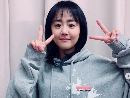 """[画像] 韓国の美人女優が""""独島キャンペーン""""に賛同して波紋…日韓ファンの議論が収まらない"""