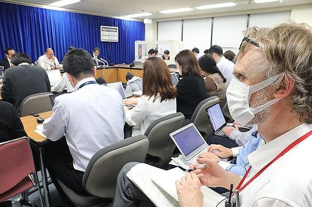 米外交誌が「日本のコロナ対策は奇妙に成功」と大困惑する理由
