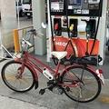 どう見ても自転車 ガソリンスタンドで給油を断られた原付バイク