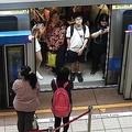 海外ではNGな日本人の行為 満員電車で「まだ乗れる」と押し込む