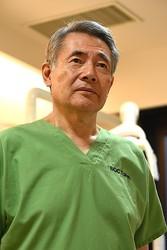 インプラント治療の権威である小宮山氏