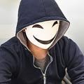 昼間はベンチャー企業の役員 急成長した仮面YouTuberの圧倒的戦略