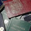 日本のパスポート「最強」を維持
