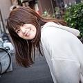 人気お笑い芸人の元妻で、メディア出演の機会を増やしている小林礼奈さん