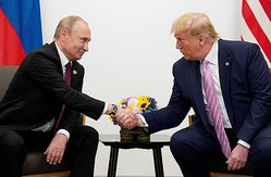 ホワイトハウスを去った後もよろしく?!(右からトランプ米大統領とロシアのプーチン大統領)(C)ロイター=共同