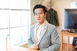 井ノ原快彦に「事務所どこですか?」津田寛治、ドラマ撮影現場で天然ぶり発揮