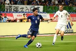 代表初ゴールを決めた南野。高い位置での守備でも奮闘した。写真:山崎賢人(サッカーダイジェスト写真部)