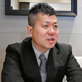 インタビューに応じる橋本崇載氏