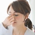 10代のスマホ使用時間は2時間以上 眼精疲労や「老眼」に注意を