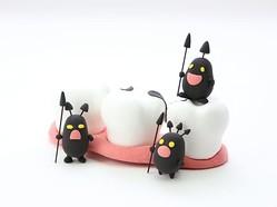 虫歯も歯周病も一生治らない?