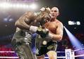 WBC、フューリーが王座奪取 ヘビー級世界戦、ワイルダー破る