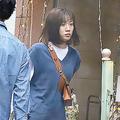 オシャレ好きの永野芽郁 30万円のバッグで銀座をさっそうと歩く