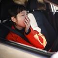 運転中に眠くなったとき…みなさんはどうしていますか?(yamasan/stock.adobe.com)