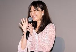『SUNNY 強い気持ち・強い愛』の大ヒット御礼舞台挨拶に登壇した篠原涼子