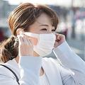スッピン隠せる 感染対策ではない「伊達マスク」が女性中心に流行