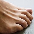 新型コロナにかかると肌に現れる症状8つ 水ぶくれやじんましん