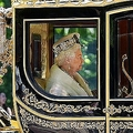 第2次世界大戦中に軍隊で働く トランプ氏が称えた英女王の行動