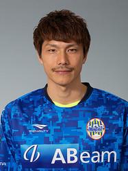 秋田、DF加賀健一を完全移籍で獲得! 「このクラブを必ずJ2へ導けるよう頑張る」