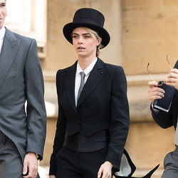 英王室の結婚式で、タキシード美女に批判の声。許可したのは意外な人