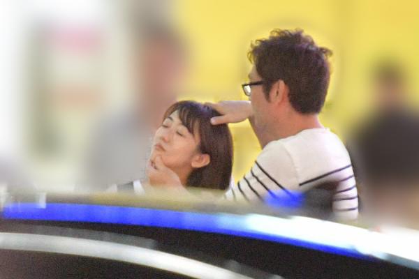 [画像] 唐橋ユミに初ロマンス発覚 メガネ外してデートする相手は?