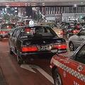 タクシー運賃の「変動制」政府が容認へ 天気や時間帯に応じて料金変更