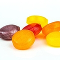 「のど飴」は医薬品など3タイプが存在 症状に合わせた選び方
