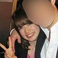 弘中アナの大学生時代の激レア写真 肩を抱き寄せられての写真撮影
