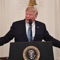 ドナルド・トランプ米大統領。米ホワイトハウスで行われた勲章授与式で(2019年10月30日撮影)。(c)SAUL LOEB / AFP