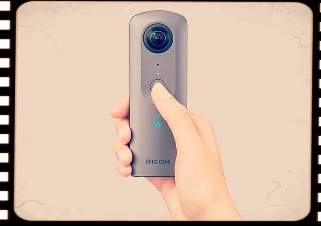 2017年9月15日、4K撮影と立体音響対応が新しい360°カメラ「RICOH THETA V」が発売されました:今日は何の日?