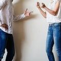 口論する男と女